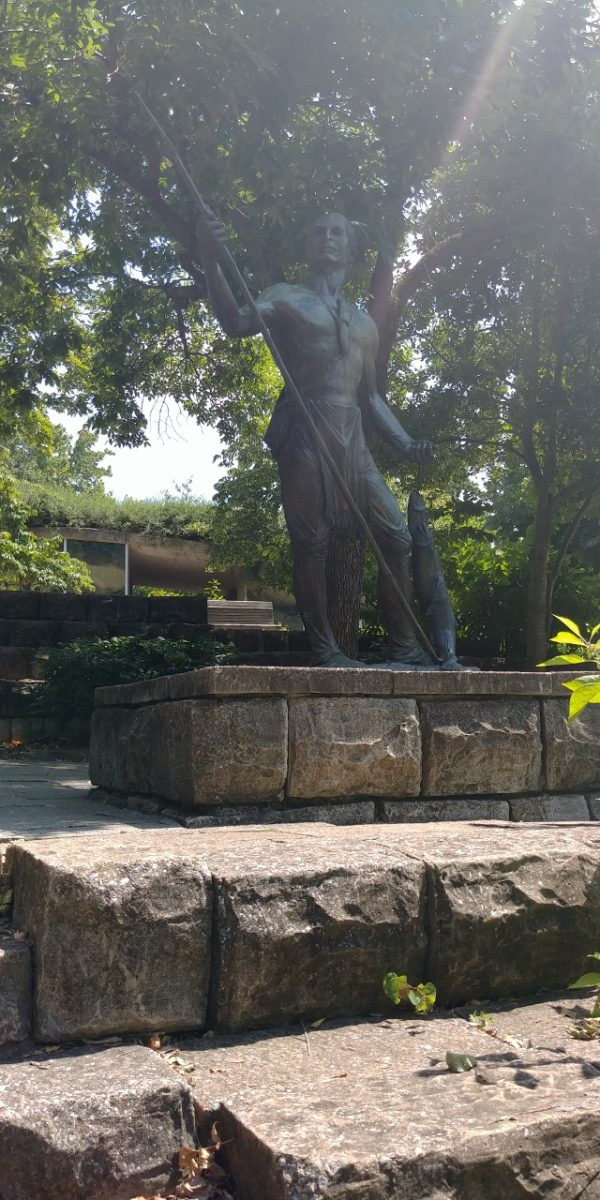 bronze Statue on Trail of Tears walk by Heart of Pixie 2018